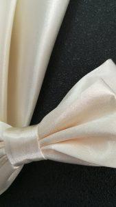 201x111-noeud-papillon-ivoire-satin-mariage-LDM-Createur-fr