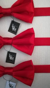 lot-de-noeud-papillon-rouge-Dunois-satin-mariage-soiree-reception-elegant-201x196-LDM-Createur-fr