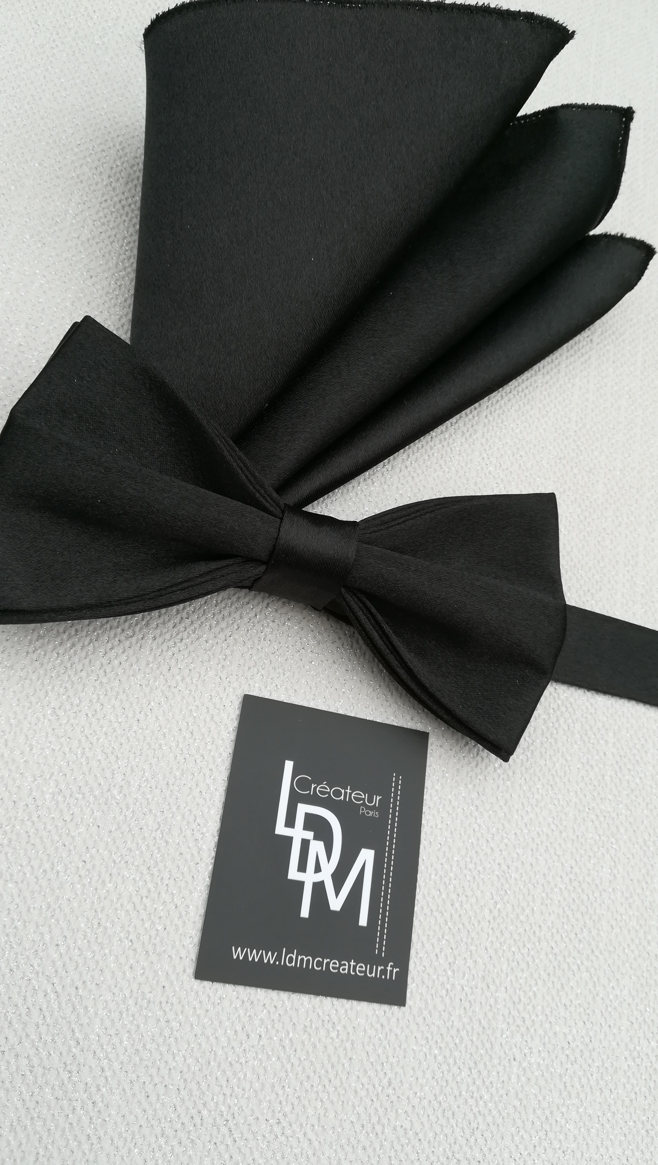 Nœud papillon noir soirée élégant Paris   LDM CREATEUR - Part 1 ed2c1b5c75d