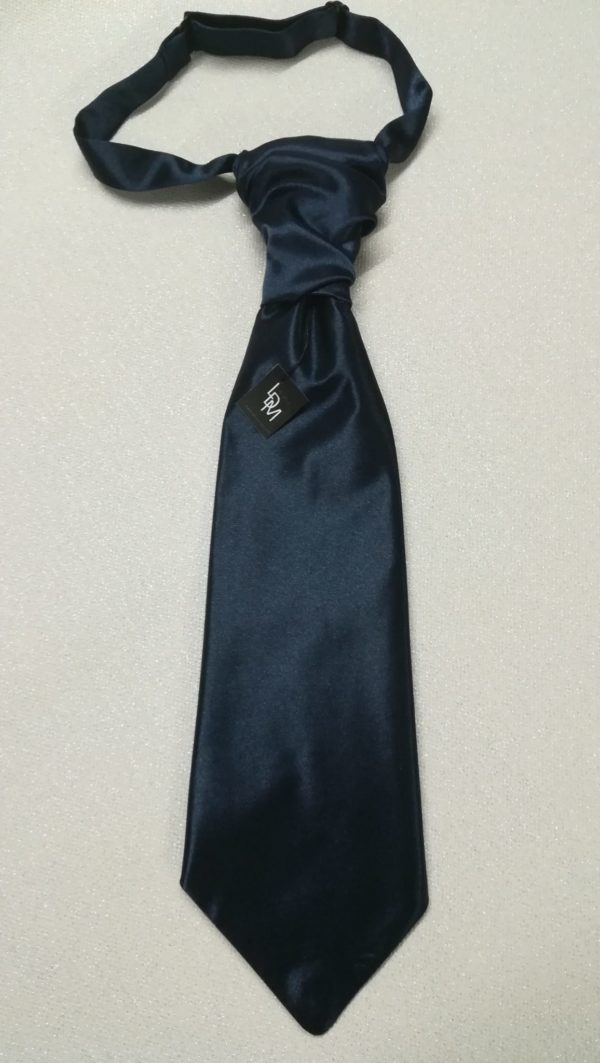 Cravate-bleu-marine-mariage-homme-reception-soiree-versailles-300x106-LDM-Createur-fr