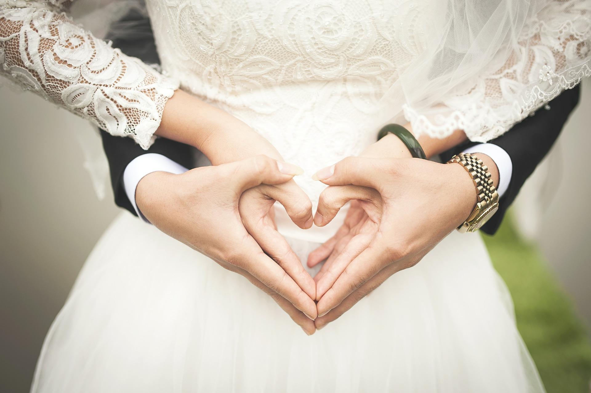 coeur-amour-couple-mariage-robe-de-marie-costume-LDM-Createur-fr