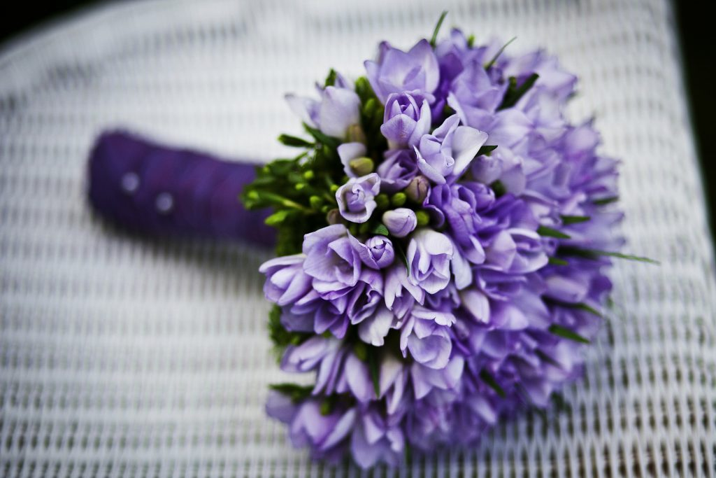 Bouquet-parme-mariage-liberty-champetre-Chartres-www-ldmcreateur-fr