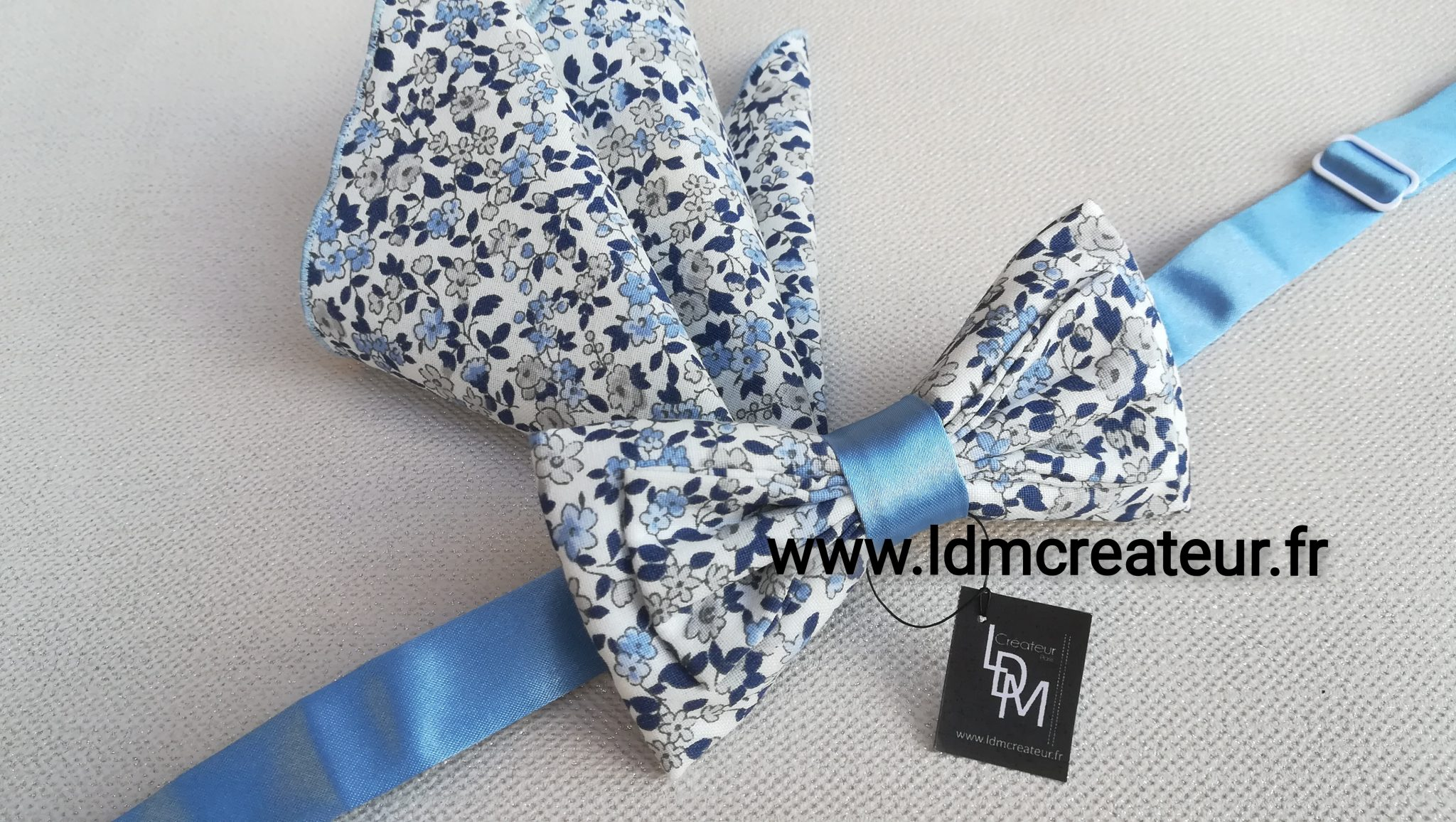 Noeud-papillon-liberty-bleu-ciel-Barfleur-ceremonie-mariage-pochette-www-ldmcreateur-fr