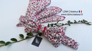 Noeud-papillon-rose-rouge-mariage-ceremonie-style-marié-homme-pochette-chic-costume-Aix-ldmcreateur
